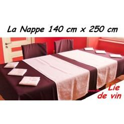 NAPPE RECTANGULAIRE 140 x 250 cm / TISSU INFROISSABLE / LIE DE VIN
